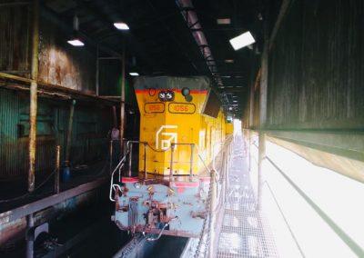 Ferrominera instaló 12 ruedas de fabricación nacional a locomotora