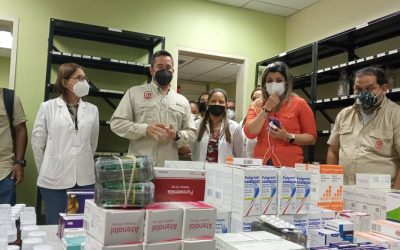 Ferrominera dotó de medicamentos la Clínica Palúa
