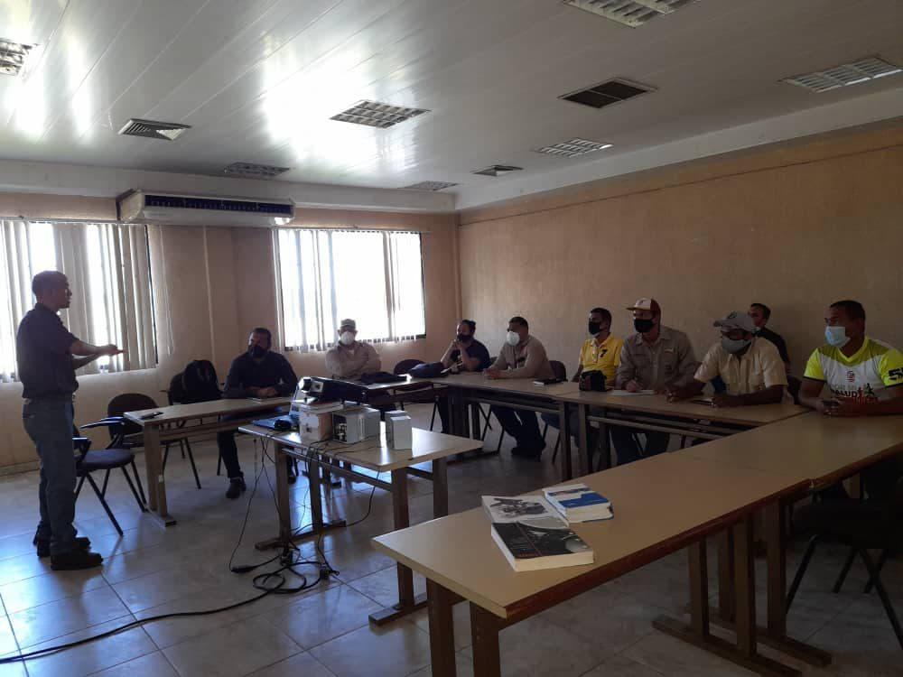 unidades curriculares para los procesos de Planta de Briquetas y Ferrocarril