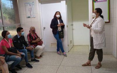 Charlas: ginecobstetricia, odontología, medicina interna y cardiología
