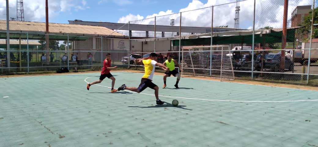PMH campeón de cuadrangular interno de fútbol de salón